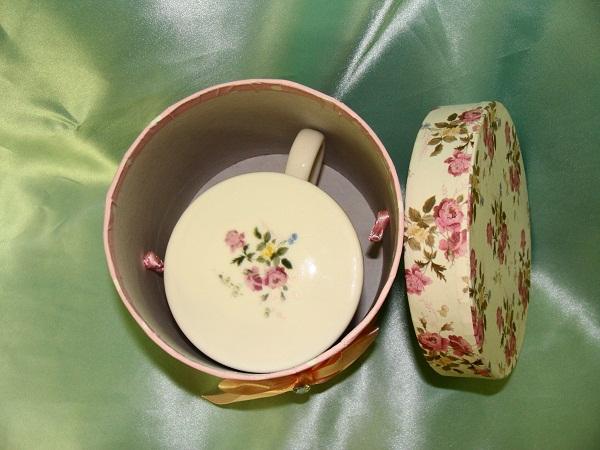 ギフトBOX茶こし付きマグカップ